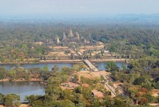 NagaCorp to build $ 350 million resort in Angkor