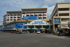 8 Big Markets in Phnom Penh Infected by Covid 19